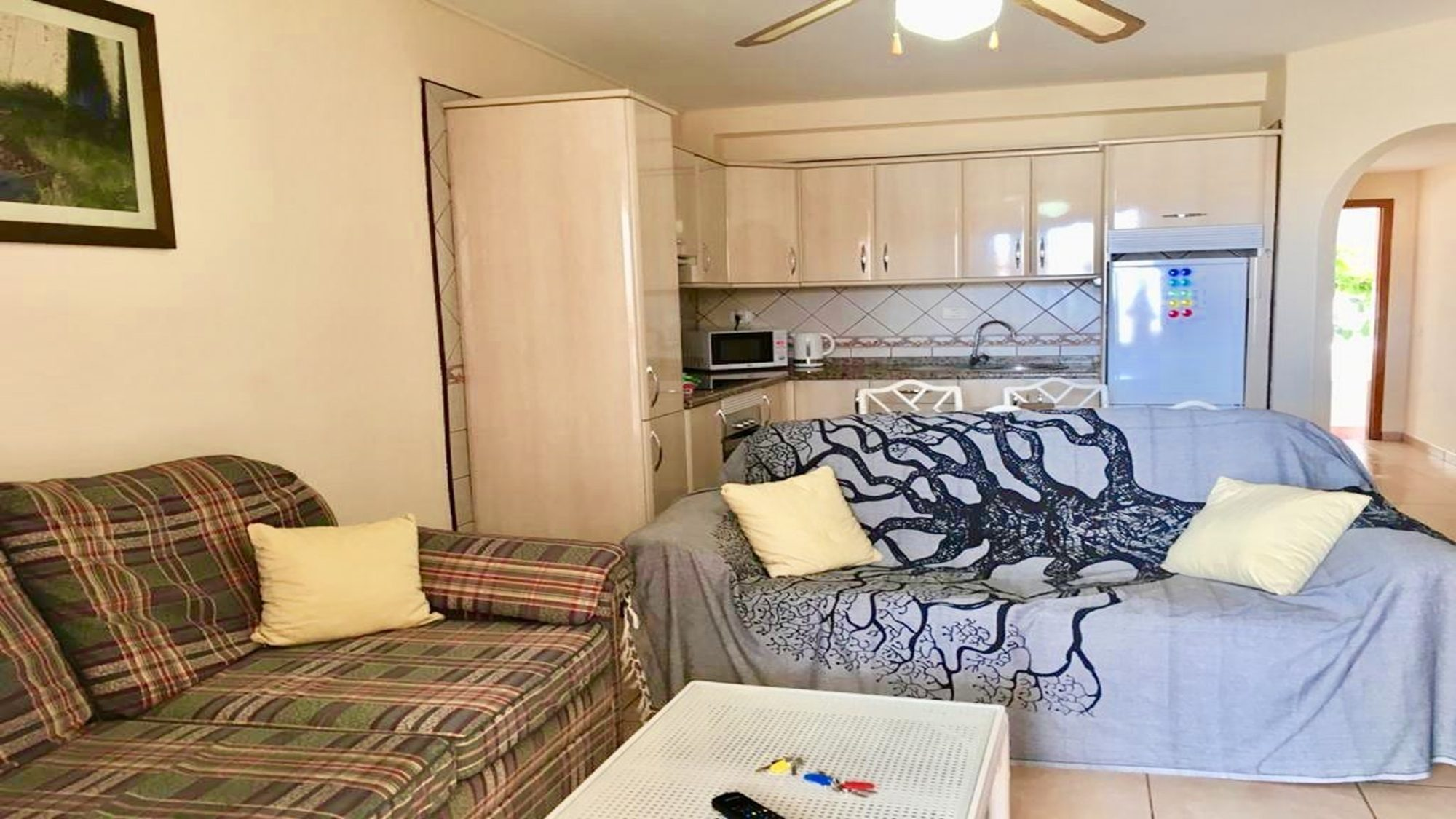 2 bedroom apartment tenerife to rent  los diamantes tenerife