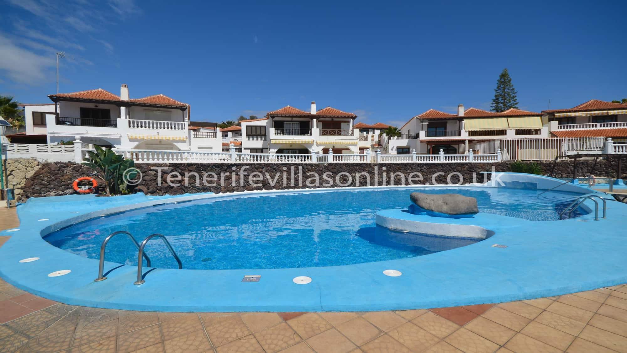 6 bedroom villa for rent in Tenerife Las Americas Sleeps 15